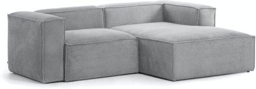 På billedet ser du variationen Blok, Sofa med chaiselong, Højrevendt, Fløjl fra brandet LaForma i en størrelse H: 69 cm. B: 240 cm. L: 174 cm. i farven Grå