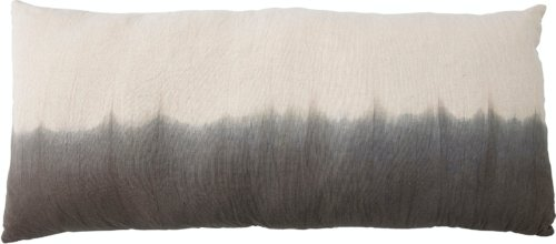 På billedet ser du variationen Adinna, Pude, Grå, Bomuld fra brandet Bloomingville i en størrelse B: 70 cm. L: 150 cm. i farven Grå