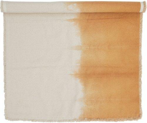 På billedet ser du variationen Haiper, Tæppe, Orange, Bomuld fra brandet Bloomingville i en størrelse B: 90 cm. L: 150 cm. i farven Orange