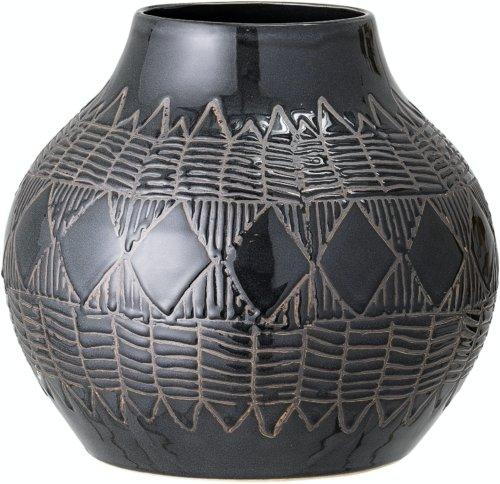 På billedet ser du variationen Cornelius, Vase, Sort, Stentøj fra brandet Bloomingville i en størrelse D: 30,5 cm. H: 27 cm. i farven Sort