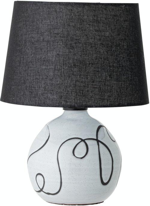 På billedet ser du variationen Annebirgitte, Bordlampe, Hvid, Terrakotta fra brandet Bloomingville i en størrelse D: 30,5 cm. H: 40 cm. i farven Hvid