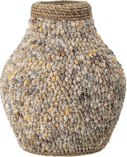 På billedet ser du variationen Tanjamatilde, Vase, Natur, Muslingeskal fra brandet Bloomingville i en størrelse D: 20 cm. H: 25 cm. i farven Natur