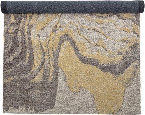 På billedet ser du variationen Hussain, Tæppe, Gul, Bomuld fra brandet Bloomingville i en størrelse H: 2 cm. B: 122 cm. L: 183 cm. i farven Gul