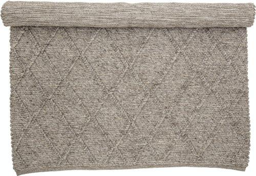 På billedet ser du variationen Huri, Tæppe, Brun, Uld fra brandet Creative Collection i en størrelse B: 140 cm. L: 200 cm. i farven Brun