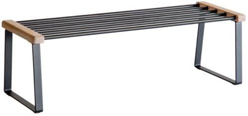 På billedet ser du variationen Cora, Skoreol, Metal fra brandet Oscarssons Möbel i en størrelse L: 90 cm. i farven Olieret egetræ