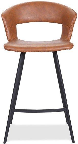 På billedet ser du variationen Tora, Barstol, Kunstlæder fra brandet House of Sander i en størrelse H: 98,5 cm. B: 53 cm. L: 53 cm. i farven Cognac