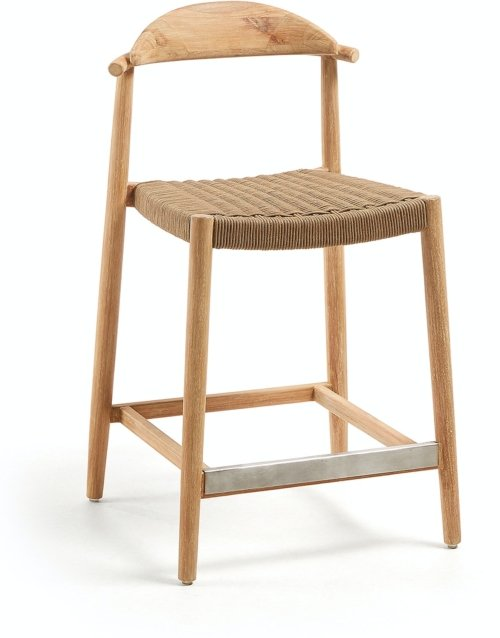 På billedet ser du variationen Nina, Udendørs barstol fra brandet LaForma i en størrelse H: 94 cm. B: 54 cm. L: 54 cm. i farven Brun/Natur