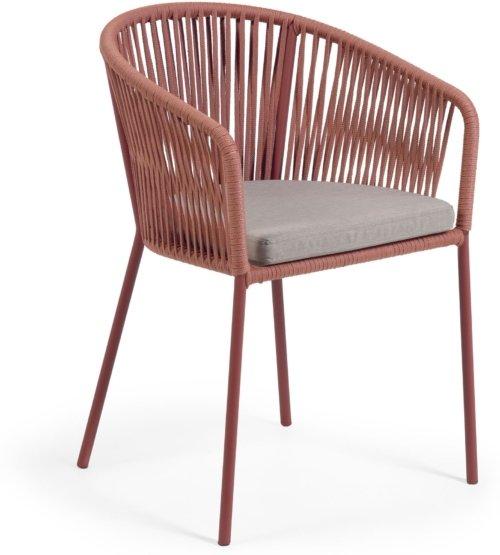 På billedet ser du variationen Yanet, Udendørs spisebordsstol fra brandet LaForma i en størrelse H: 79 cm. B: 56 cm. L: 50 cm. i farven Lyserød