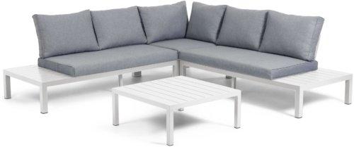 På billedet ser du variationen Duka, Udendørs sofasæt fra brandet LaForma i en størrelse H: 65 cm. B: 246 cm. L: 246 cm. i farven Hvid