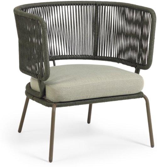 På billedet ser du variationen Nadin, Udendørs lænestol fra brandet LaForma i en størrelse H: 80 cm. B: 74 cm. L: 65 cm. i farven Grøn