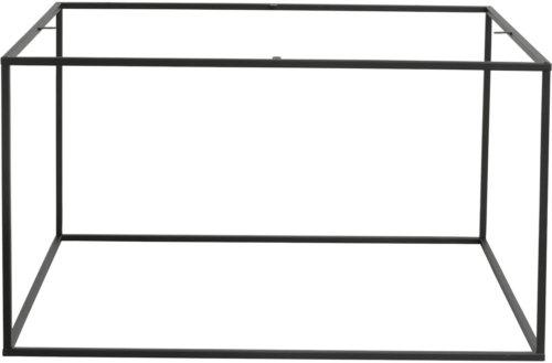 På billedet ser du variationen Firkantet stel til sofabord fra brandet House of Sander i en størrelse H: 45 cm. B: 80 cm. L: 80 cm. i farven Sort