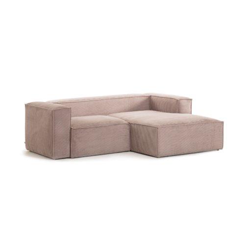 På billedet ser du variationen Blok, Sofa med chaiselong, Højrevendt, Fløjl fra brandet LaForma i en størrelse H: 69 cm. B: 240 cm. L: 174 cm. i farven Lyserød
