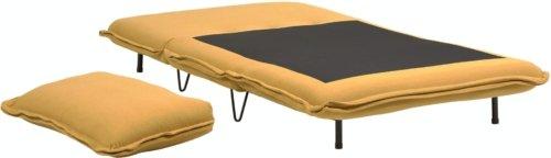 På billedet ser du variationen Miski, 2-personers sovesofa fra brandet LaForma i en størrelse H: 84 cm. B: 109 cm. L: 87 cm. i farven Sennep